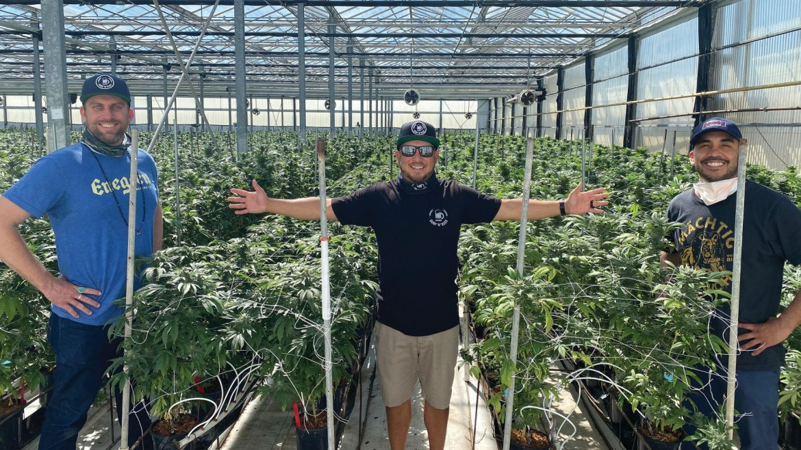 Customer: Surf 'n' Suds (+Buds) Pairs Craft Beer and Cannabis Farming